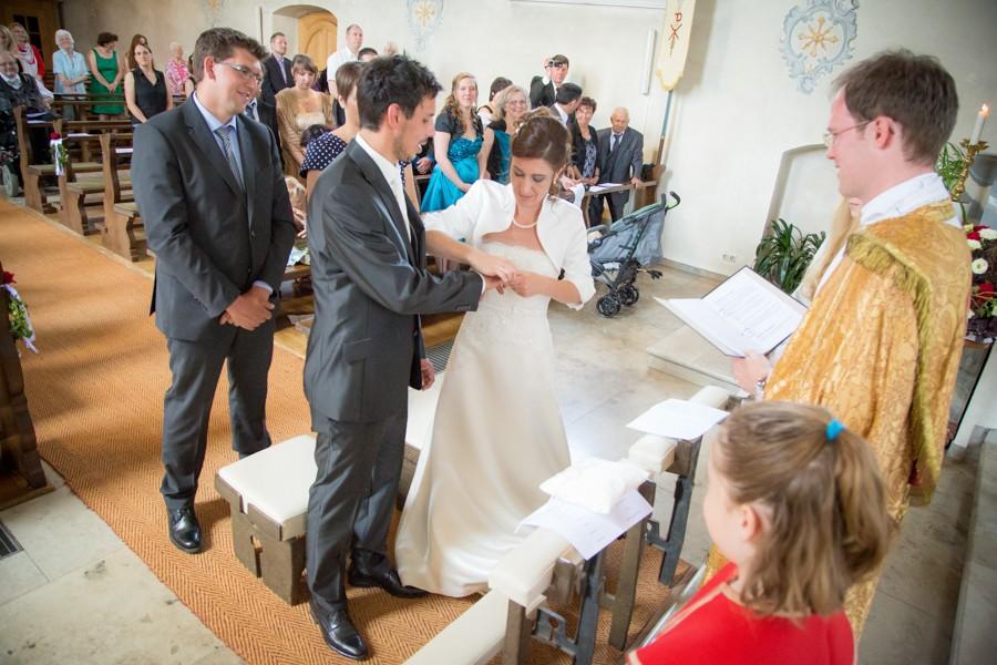 Hochzeitsfotograf-Basel-Weil-Lörrach-Minseln-Hochzeitsreportage-Sommer-Nordschwaben (9 von 15)