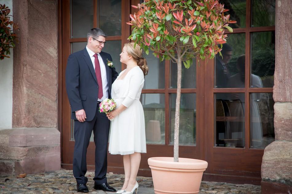 Standesamt-Wyhlen-Hochzeit-Hochzeitsreportage-Heiraten-Süddeutschland-Hochzeitsfotograf-Basel (1 von 9)