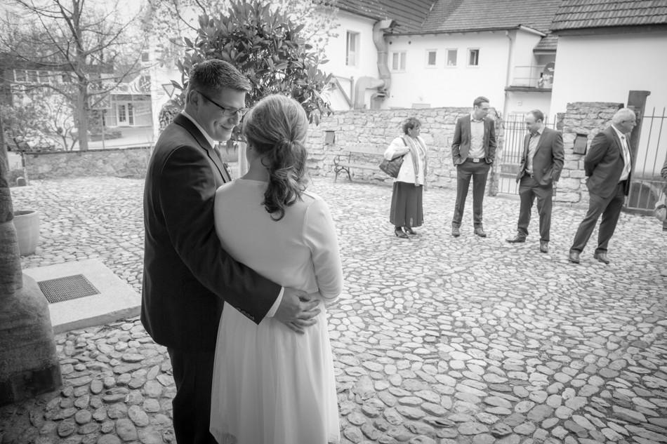 Standesamt-Wyhlen-Hochzeit-Hochzeitsreportage-Heiraten-Süddeutschland-Hochzeitsfotograf-Basel (4 von 9)