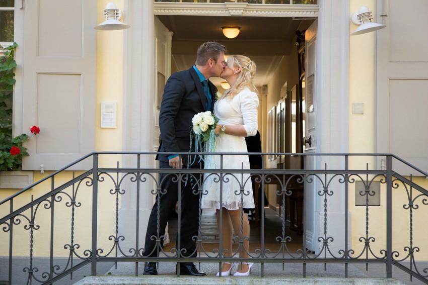 Hochzeit-Salmegg-Fotograf-Schweiz-Basel-Standesamt (15 von 16)