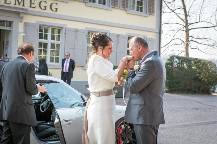 Hochzeitsreportage-Rheinfelden-Fotograf-Hochzeit-Standesamt (3 von 15)