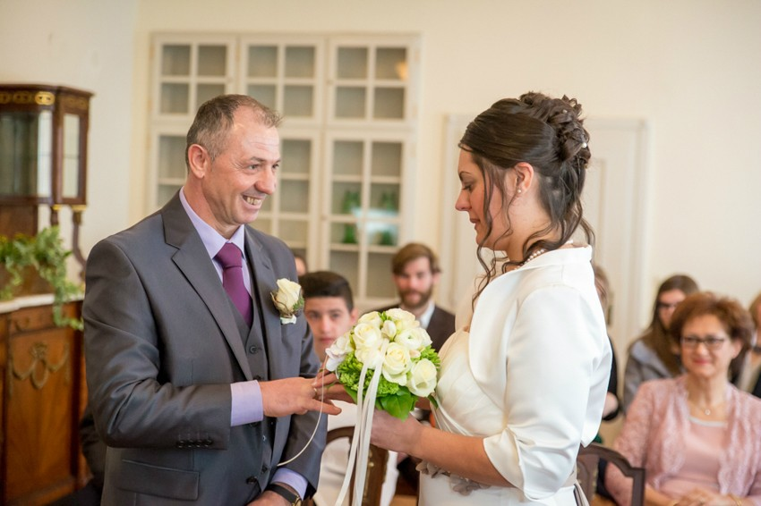 Hochzeitsreportage-Rheinfelden-Fotograf-Hochzeit-Standesamt (6 von 15)