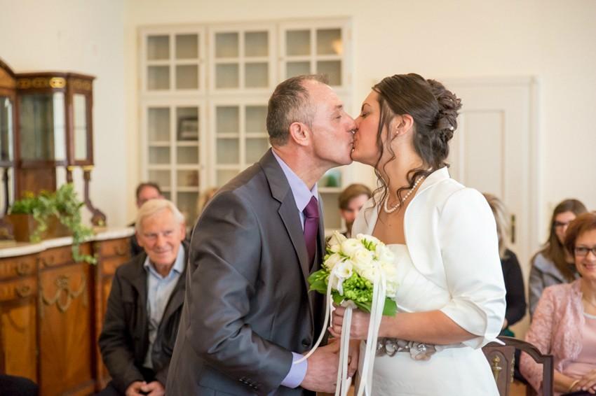 Hochzeitsreportage-Rheinfelden-Fotograf-Hochzeit-Standesamt (7 von 15)