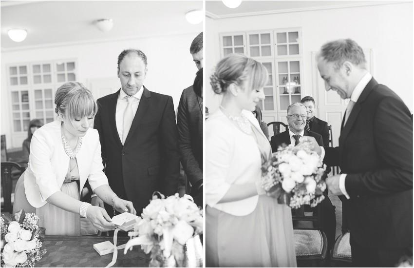 Hochzeitsreportage-Schweiz-Loerrach-Fotograf-Begleitung-Standesamt-Salmegg (5 von 5)