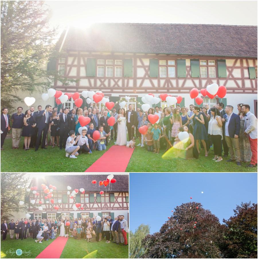 Hochzeitsreportage-Riehen-Basel-Fotograf-Hochzeit-FreieTrauung-12