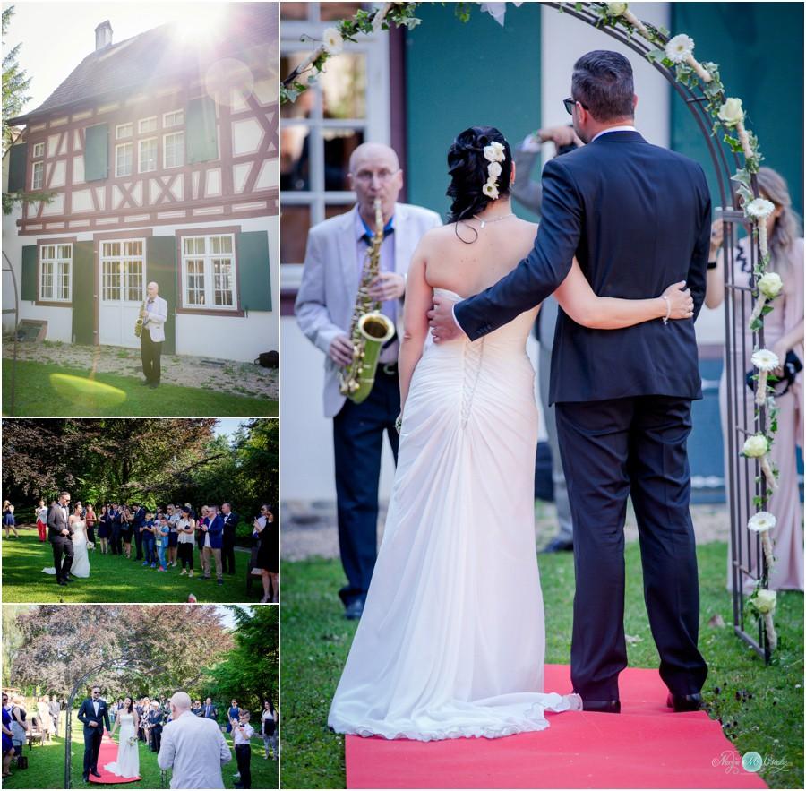 Hochzeitsreportage-Riehen-Basel-Fotograf-Hochzeit-FreieTrauung-8