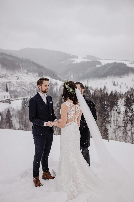 Image Result For Hochzeit In Den Bergen Schwarzzwald
