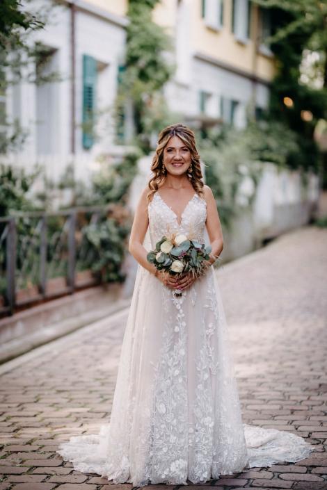 Braut an Ihrer Hochzeit in Freiburg
